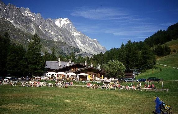 Camping Monte Bianco la Sorgente (Courmayeur, Italie) - Avis